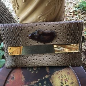 Bag/Clutch/Purse With Ostrich Look With Agate